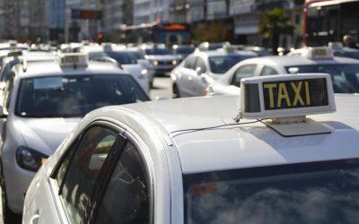 Los taxistas de otras comunidades reclaman una regulación VTC similar a la aprobada en Galicia